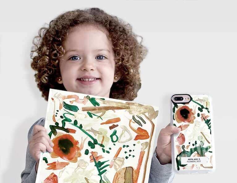 描いた絵がそのままスマホケースにプリントできるキッズドローイングケース